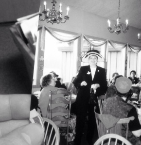 """A photo of """"Rose"""" captures a happier moment aboard the S.S. Titanic"""
